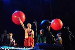 I'm from Barcelona - Dour festival 2011